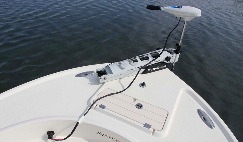 Best trolling motor for pontoon boat to help you catch for Minn kota trolling motors for pontoon boats